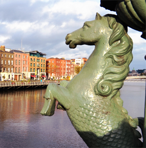 Pferd Dublin River Liffey