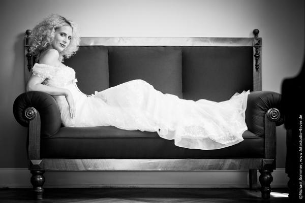 Elischeba im Brautkleid