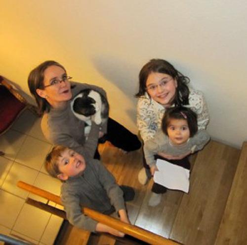 Familienbild1-300x298_300dpi