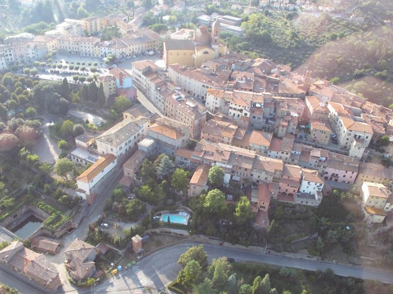 Flickr_TuscanyFromAbove_byAroundTuscany