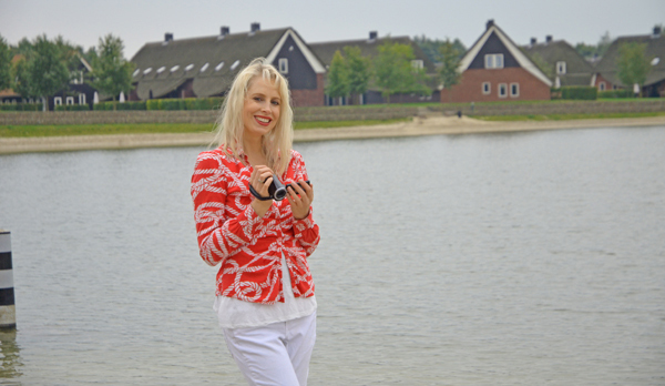 Elischeba in Hof van Saksen (NL)