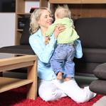 Elischeba und Leon im Möbelhaus