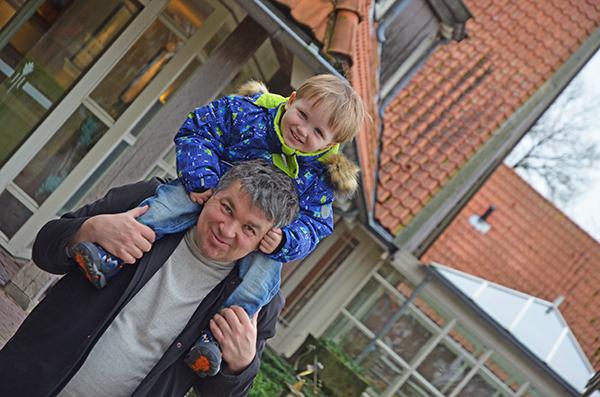 Leon mit seinem Papa