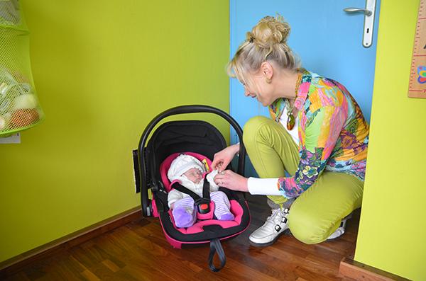 emily elischeba babyschale kiddy