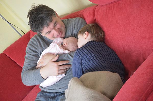 Papa und Emily mit Leon