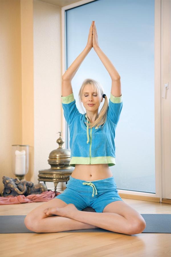 yoga_ayurveda-600x902