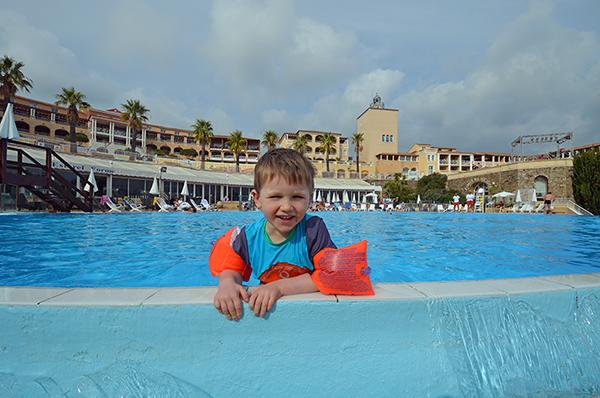 leon schwimmbad 6