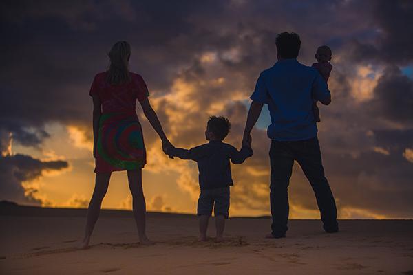 Family Wilde im Sonnenaufgang