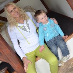 Elischeba mit Leon in Dänemark