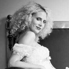 Elischeba Model für Brautmoden Sportschloss Velen