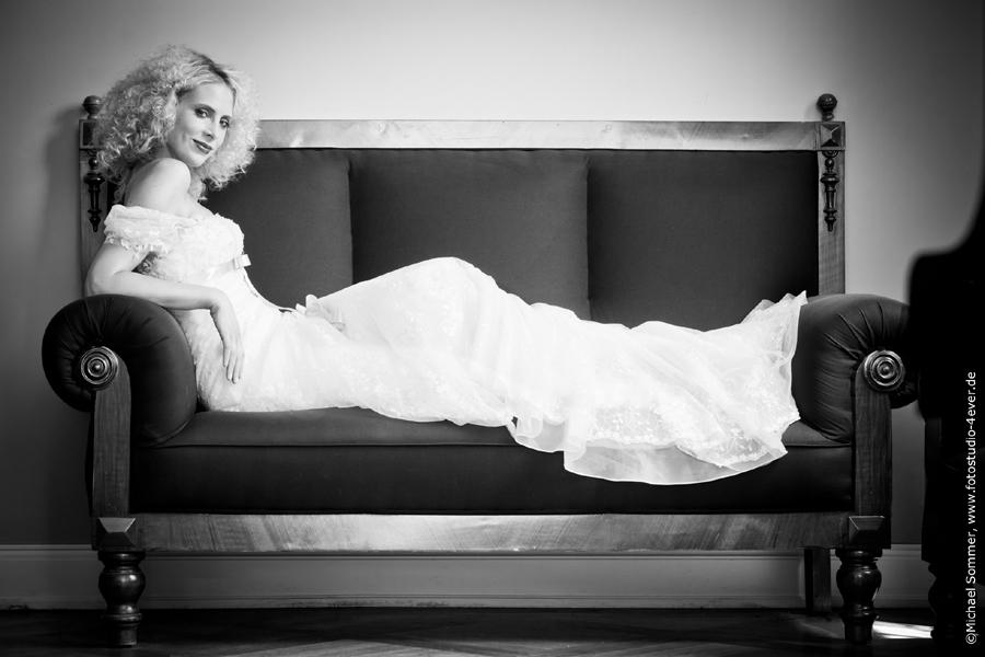 Elischeba Brautmoden Model Velen