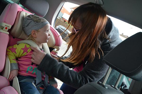 Emily kiwy Autositz in rosa