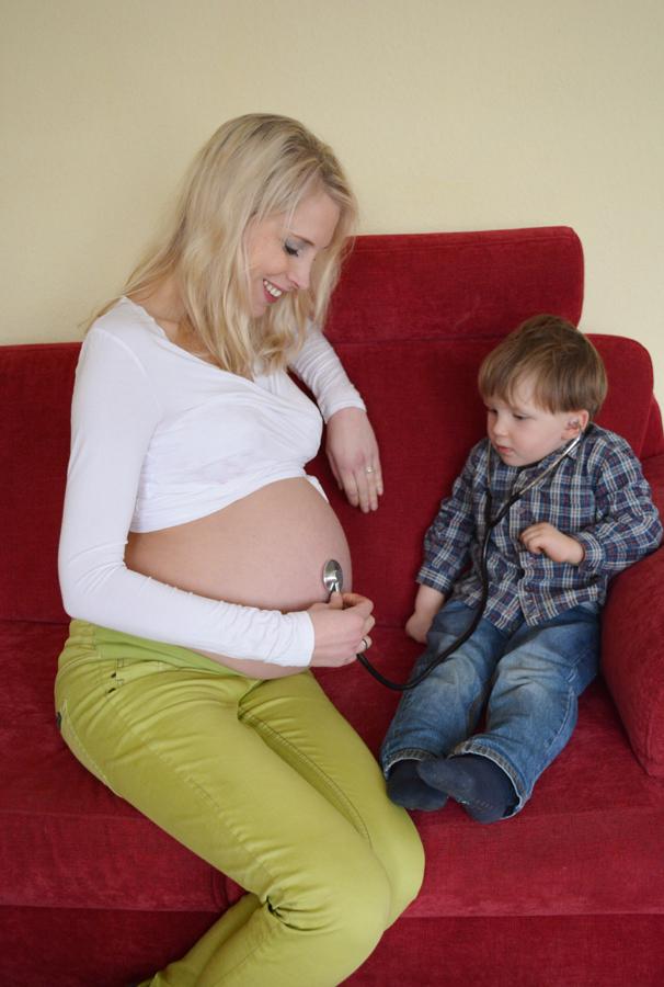 Model Elischeba kurz vor der Geburt