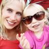 Elischeba und Emily Selfie mit Sonnenbrille