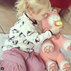 Emily mit Pony auf Instagram