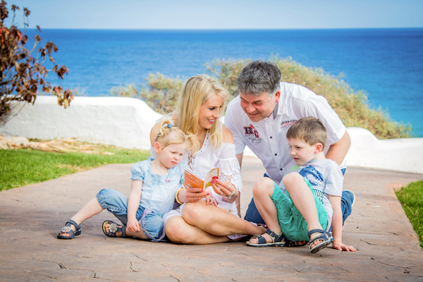 family_travel_pic